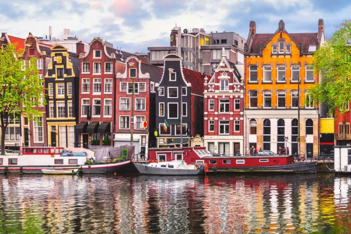 netherlands amtersdam river houses
